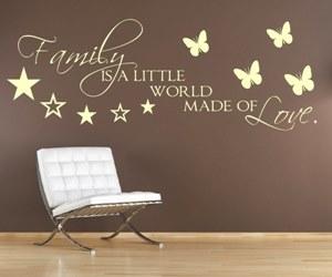 Sprüche Wandtattoos kaufen in englischer Sprache - Family is a little world made of Love.